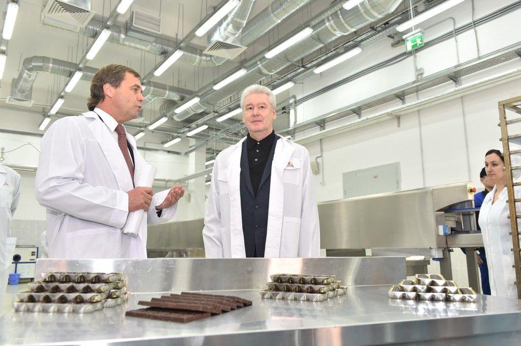 Собянин открыл инновационный центр разработки новых кондитерских изделий