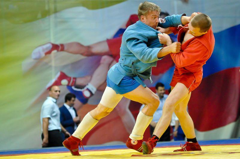 В спортивном зале Управления впервые прошел чемпионат по самбо