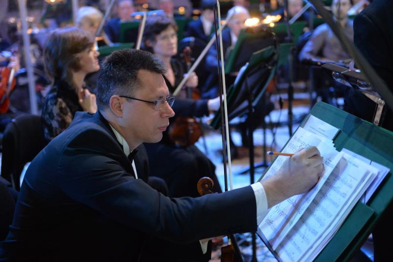 На Никитском бульваре открылась выставка о конкурсе имени Чайковского