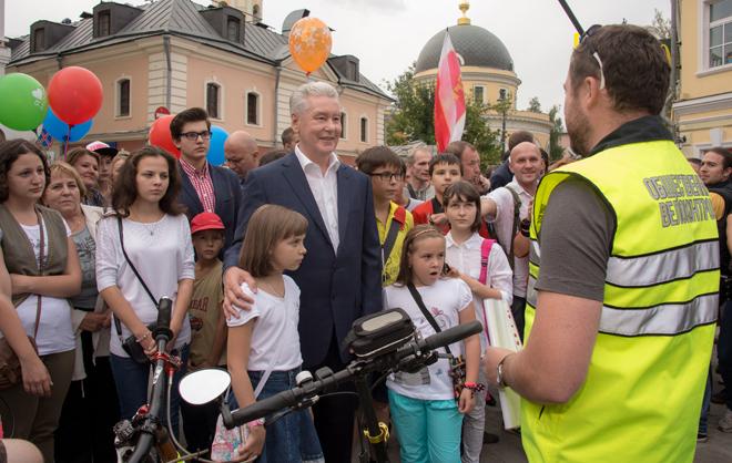 Собянин: В Москве в течение недели завершат реконструкцию 10 проектов по программе «Моя улица»