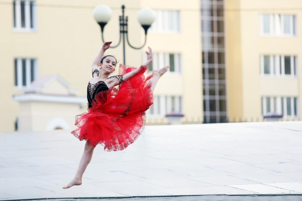 этот день фото балерин в москве разгорелся после того