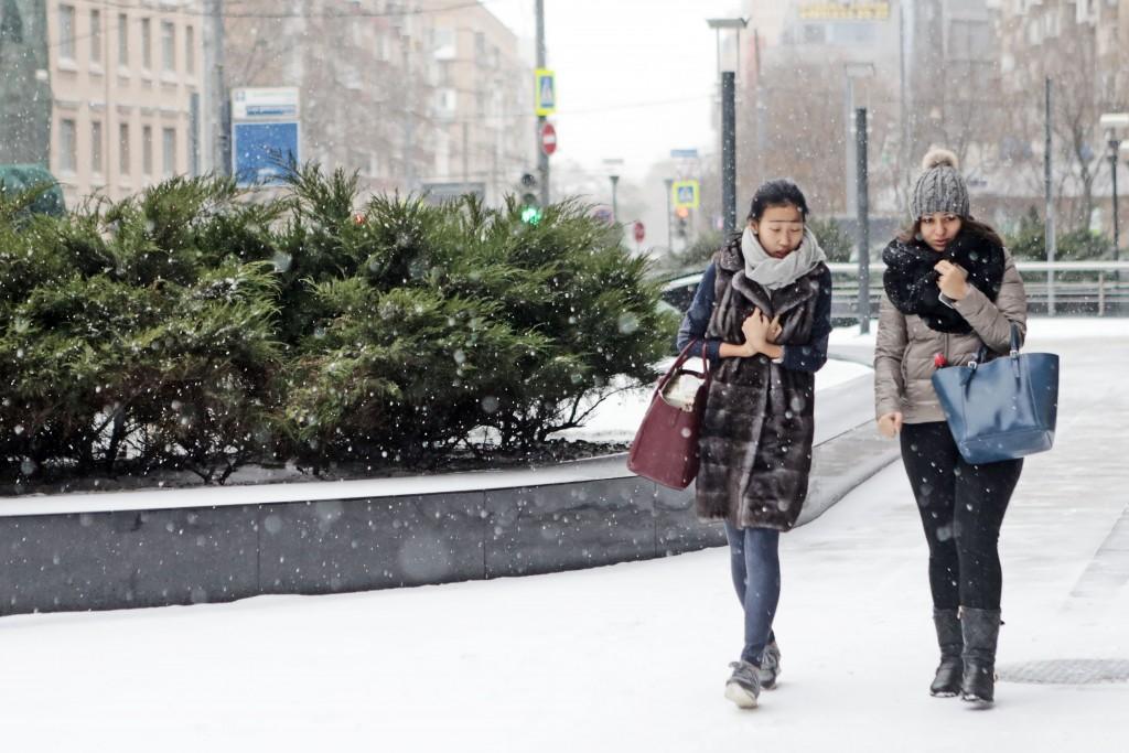 яркие москва зимой фото в чем одеты люди заодно