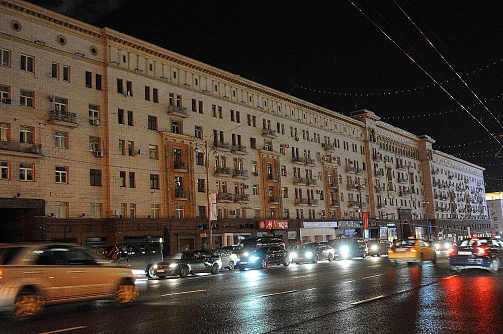 Движение транспорта перекроют от Биржевой до Красной площади