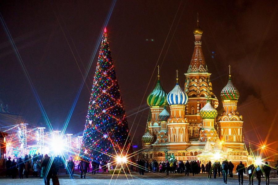 Главная новогодняя елка страны будет украшена в стиле ретро