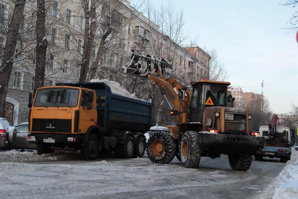 Коммунальщики подготовились к капризам непогоды: синоптики прогнозируют ледяной дождь