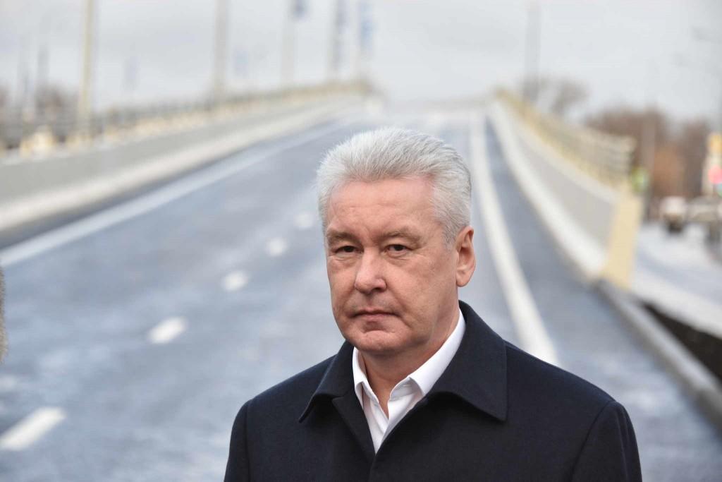 Сергей Собянин: В 2015 году отремонтировали почти 12 млн кв м дорог и тротуаров