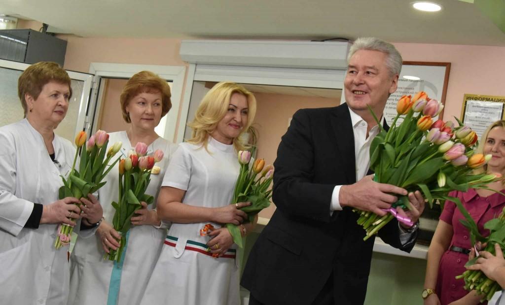 Московский стандарт поликлиники продолжает внедрение в медучреждениях города