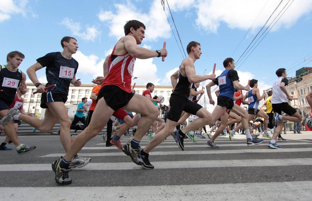 Победителями весенней легкоатлетической эстафеты стали студенты университета физкультуры