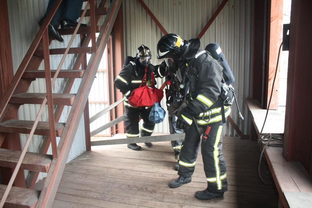 Лучшим звеном газодымозащитной службы стала 33 пожарно-спасательная часть