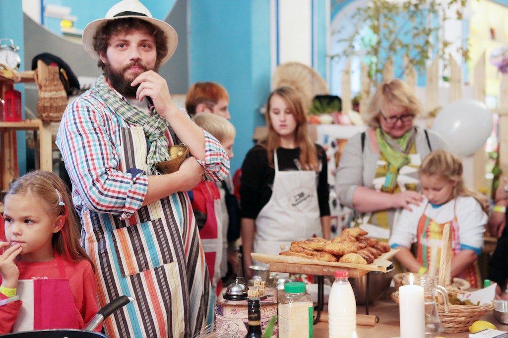 На фестивале «Снова в школу» научат готовить десерты