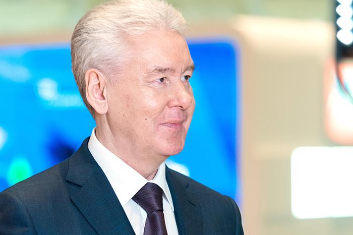 Сергей Собянин поздравил десантников с Днем ВДВ