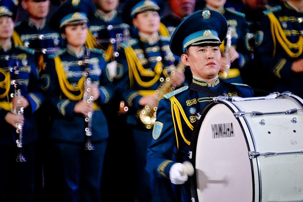 Военно-музыкальный фестиваль, спектакль об учителях и день памяти Довлатова - афиша выходного дня Центрального округа