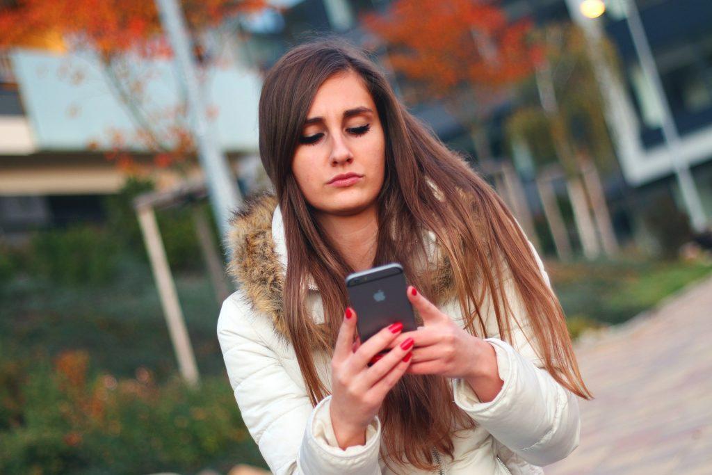 Почему смартфон работает медленно