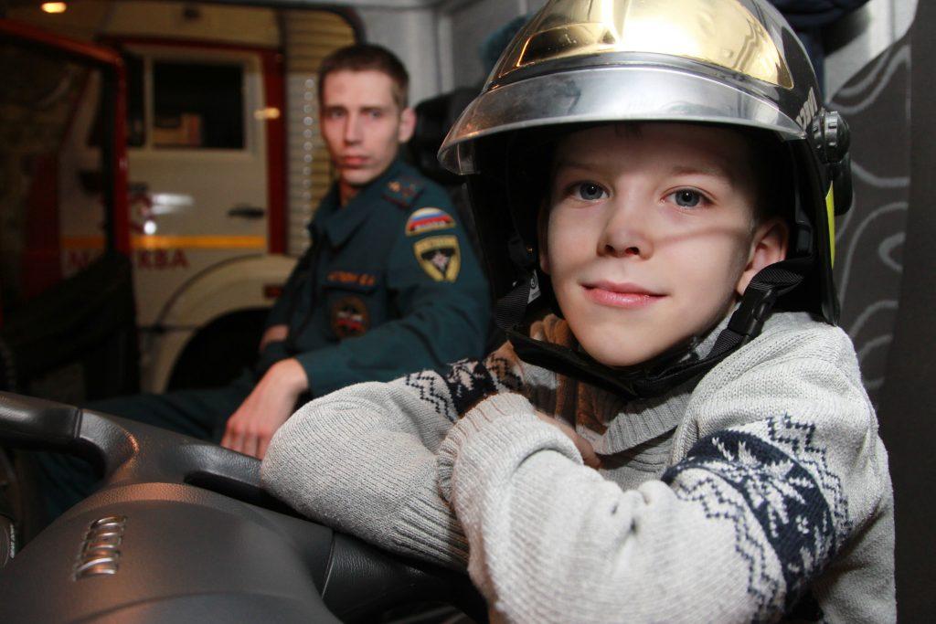 Маленький пожарный Сашка