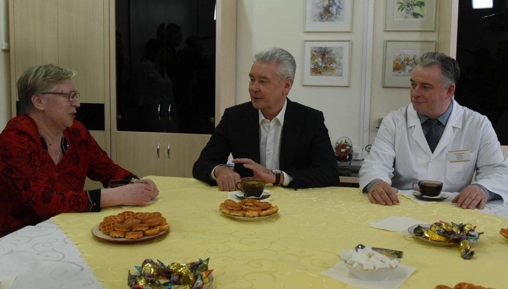 Собянин: Московские поликлиники улучшают помощь пожилым пациентам
