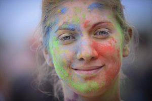 Красочный забег состоится на территории олимпийского комплекса «Лужники». Фото: «Вечерняя Москва»
