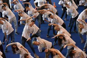 Занятия по самообороне и массовую зарядку проведут 12 июня в Парке Горького. Фото: «Вечерняя Москва»