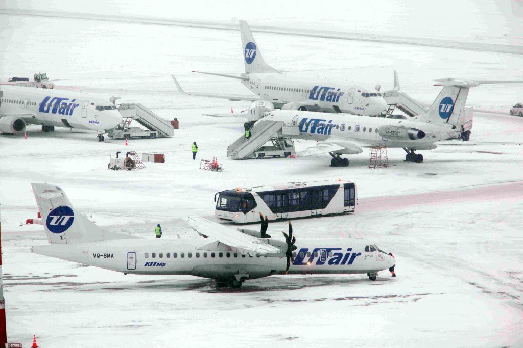 Снегопад ударил по аэропортам Москвы