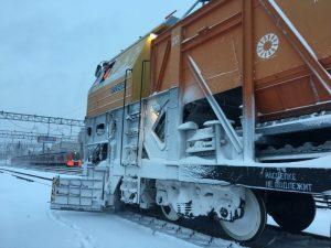 На железнодорожные линии выведена спецтехника. Фото: пресс-служба МЖД