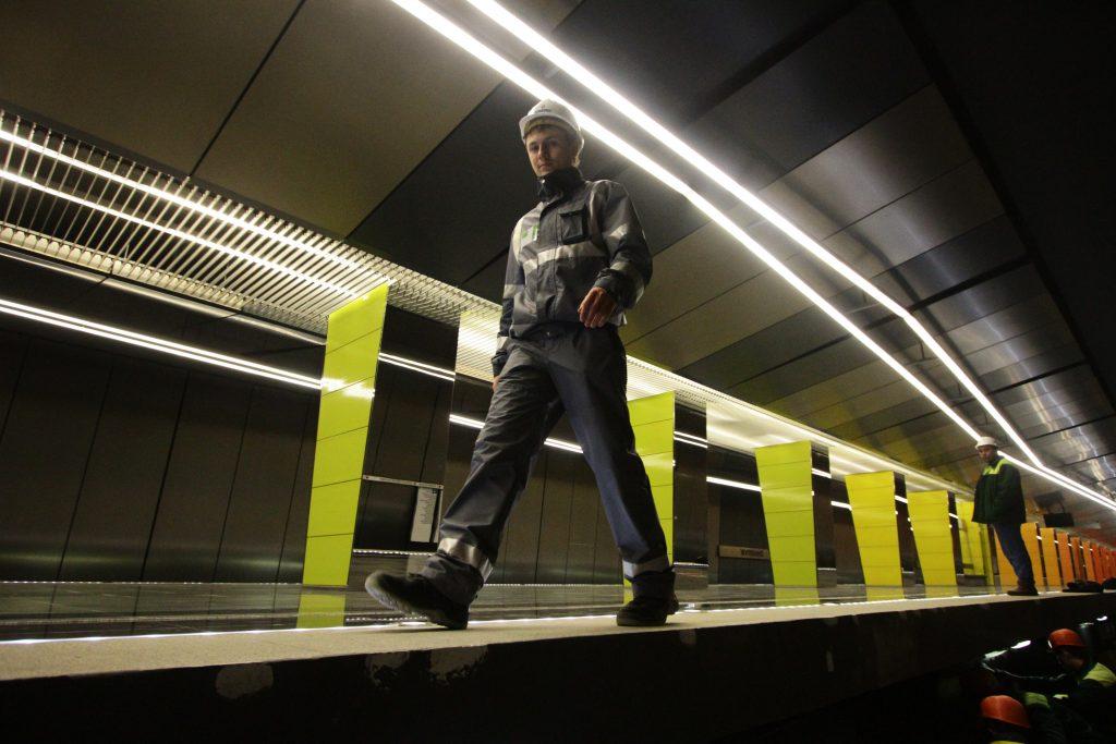 Власти Москвы открыли южный участок фиолетовой ветки метро с опережением графика