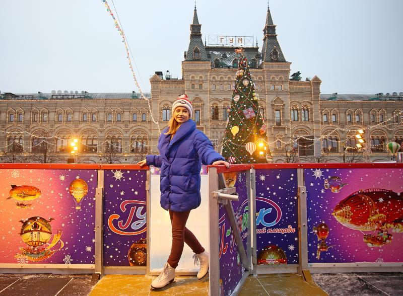 Каток демонтировали на Красной площади в Москве
