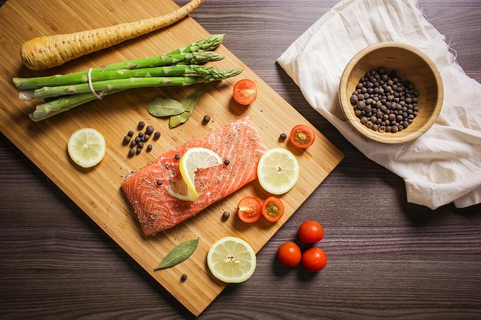 Всемирный день рыболовства: как приготовить любимые блюда из морепродуктов по-новому