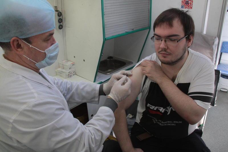 Москвичи смогут бесплатно привиться от ветрянки, менингита и ротавируса