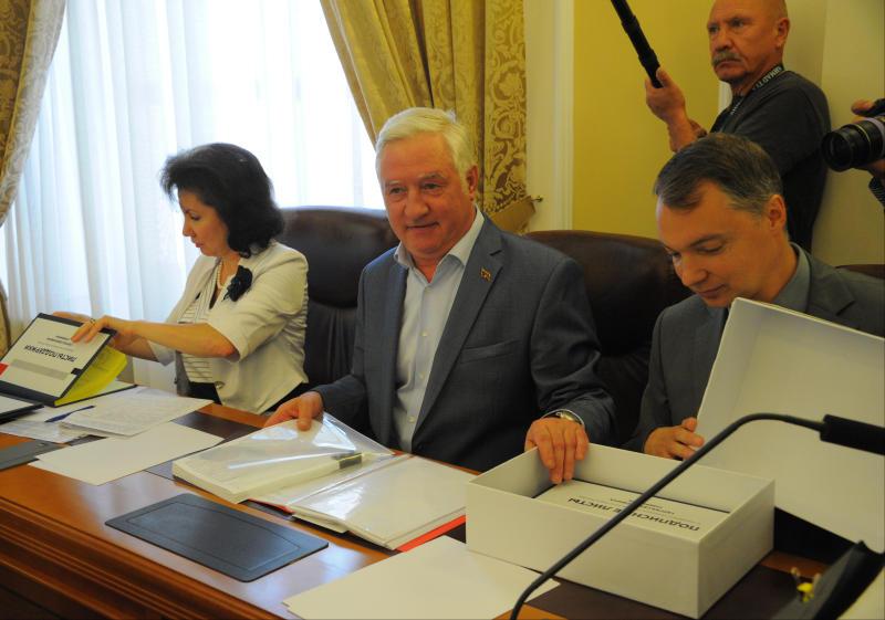 Кандидат в мэры Москвы Вадима Кумина зарегистрировал 90 доверенных лиц