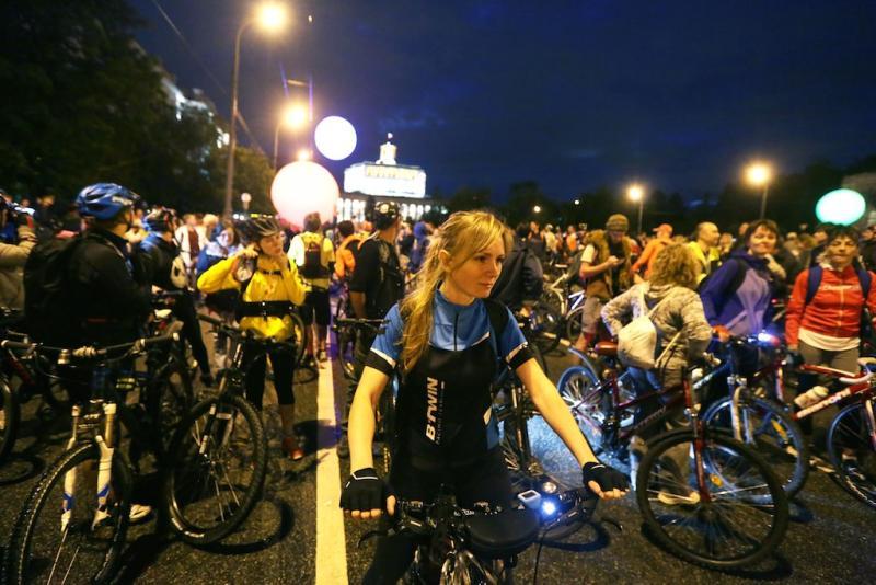 Более 30 тысяч человек приняли участие в ночном велопараде