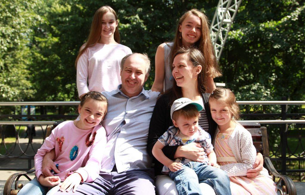 Горожан пригласили поучаствовать в акции «Семья помогает семье: готовимся к школе!». Фото: Наталия Нечаева, «Вечерняя Москва»
