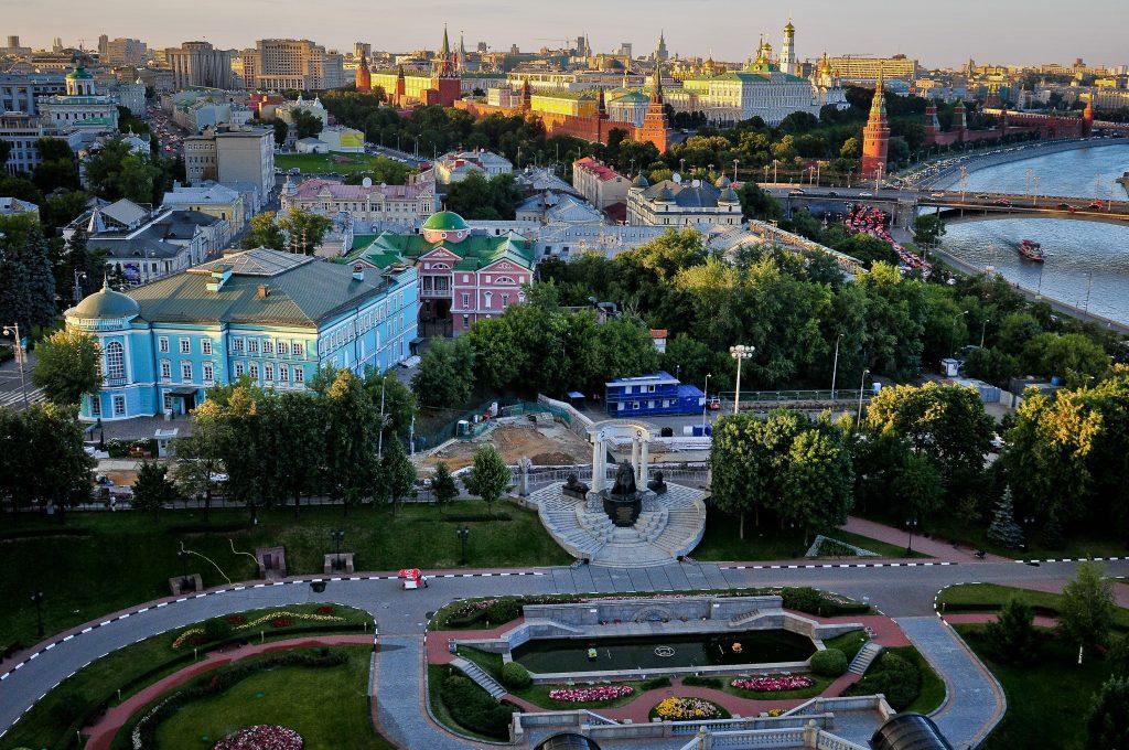 В Москве объявили об эпидемии каштановой моли из-за жары