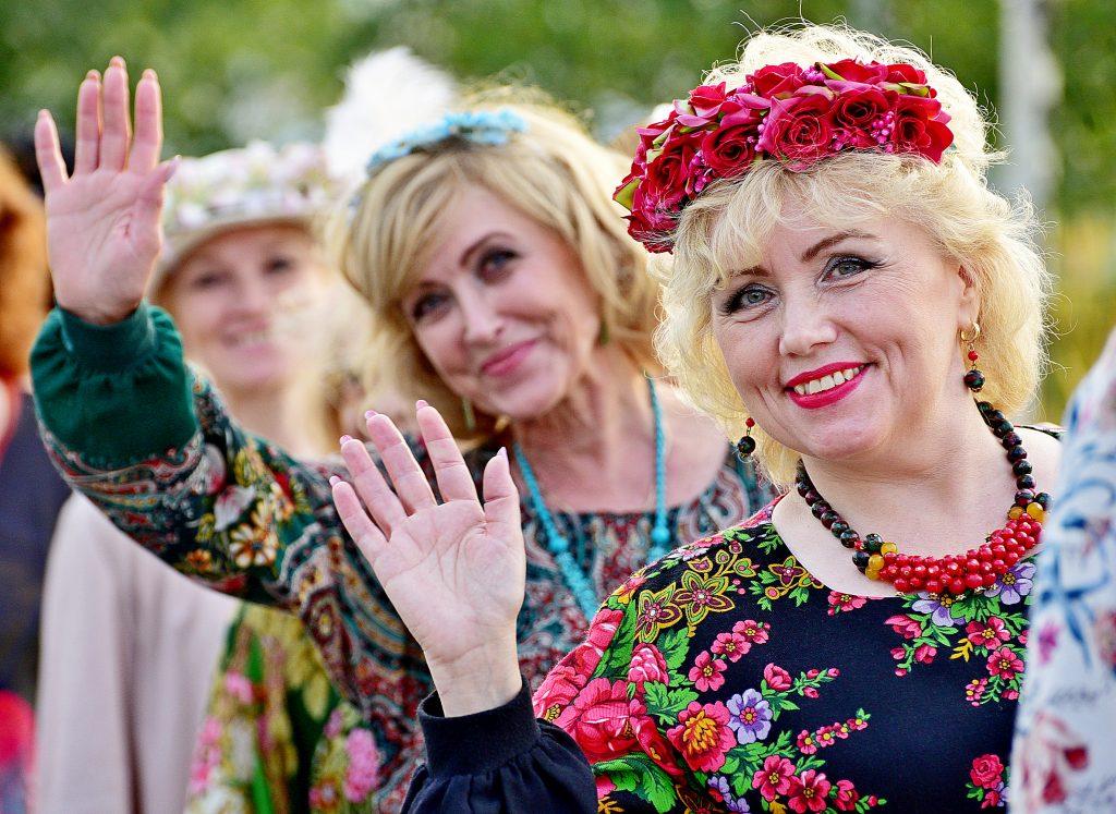 Фотофакт: участницы дефиле конкурса «Леди Москва — 2018» в парке «Зарядье»