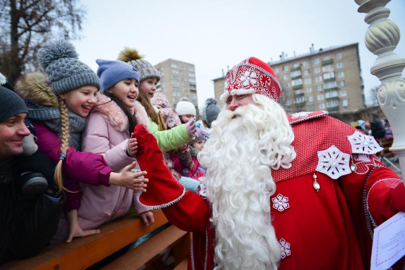 Дед Мороз откроет «Волшебную почту» в Московском зоопарке