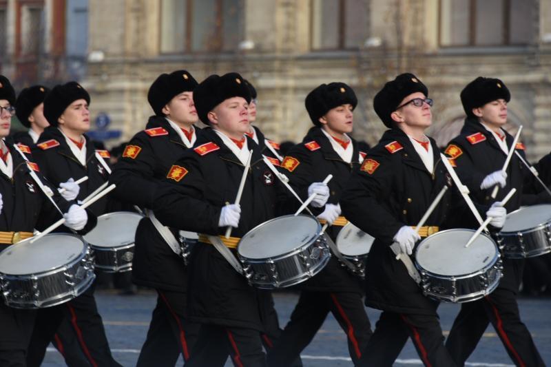 Марш 41-го: годовщину отпраздновали реконструкцией парада на Красной площади