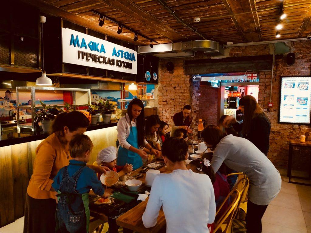 Кулинарные мастер-классы организуют для детей в Саду имени Баумана