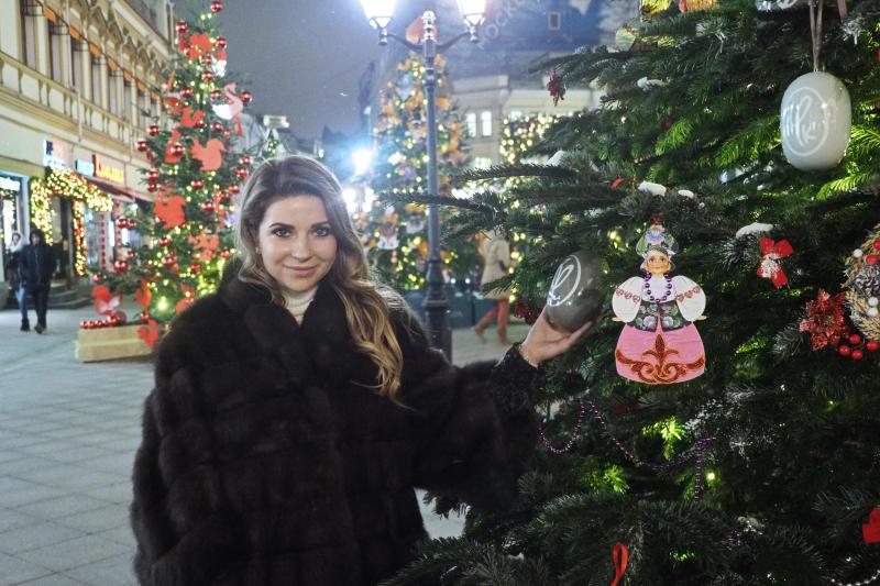Новогодние площадки организованы во всех районах Москвы