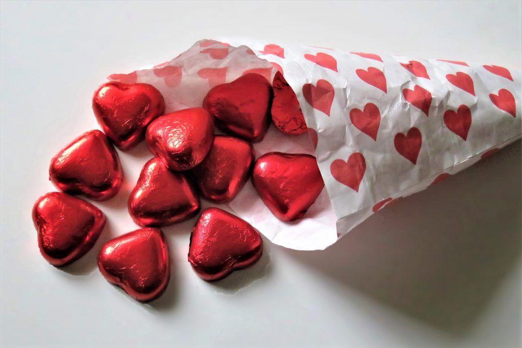 Москвичам посоветовали лекарство от одиночества в День всех влюбленных