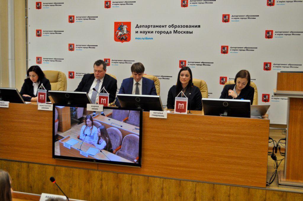 Журналистам рассказали о профессиональной подготовке учеников в московских школах