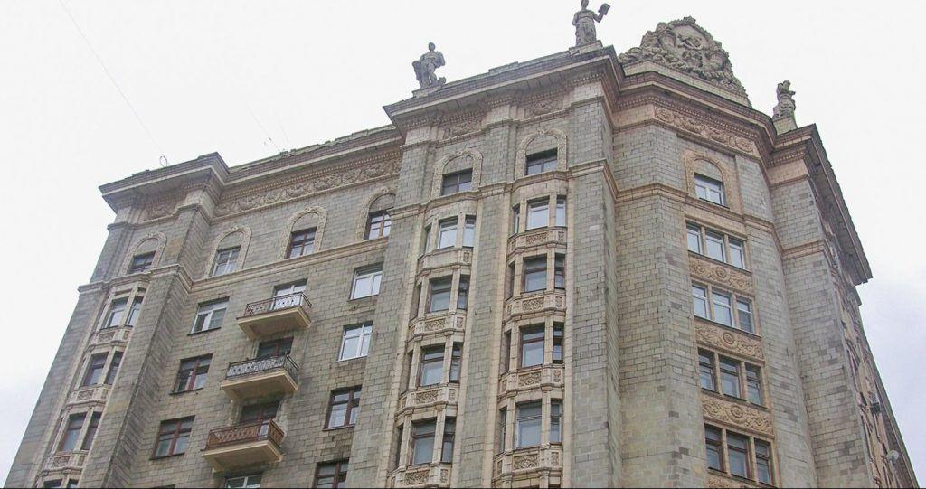 Дом геологов на Смоленской набережной стал объектом культурного наследия