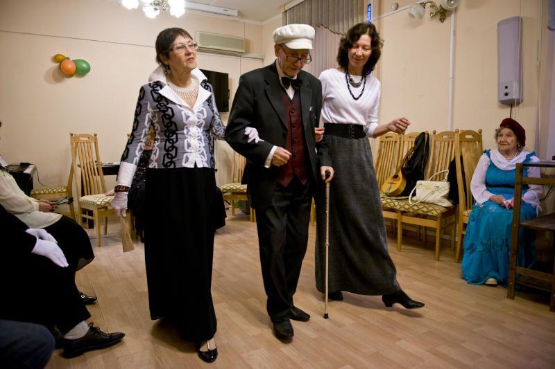 Актеры любительского театра репетируют постановку. Фото: архив, «Вечерняя Москва»