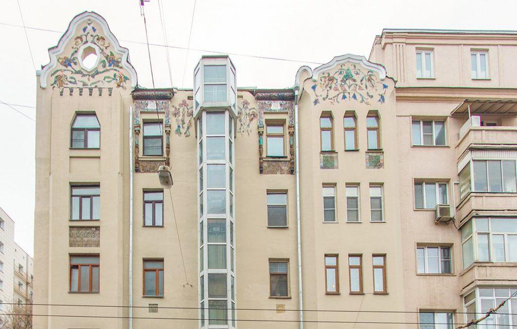 Дом с жар-птицами в центре столицы признали памятником архитектуры