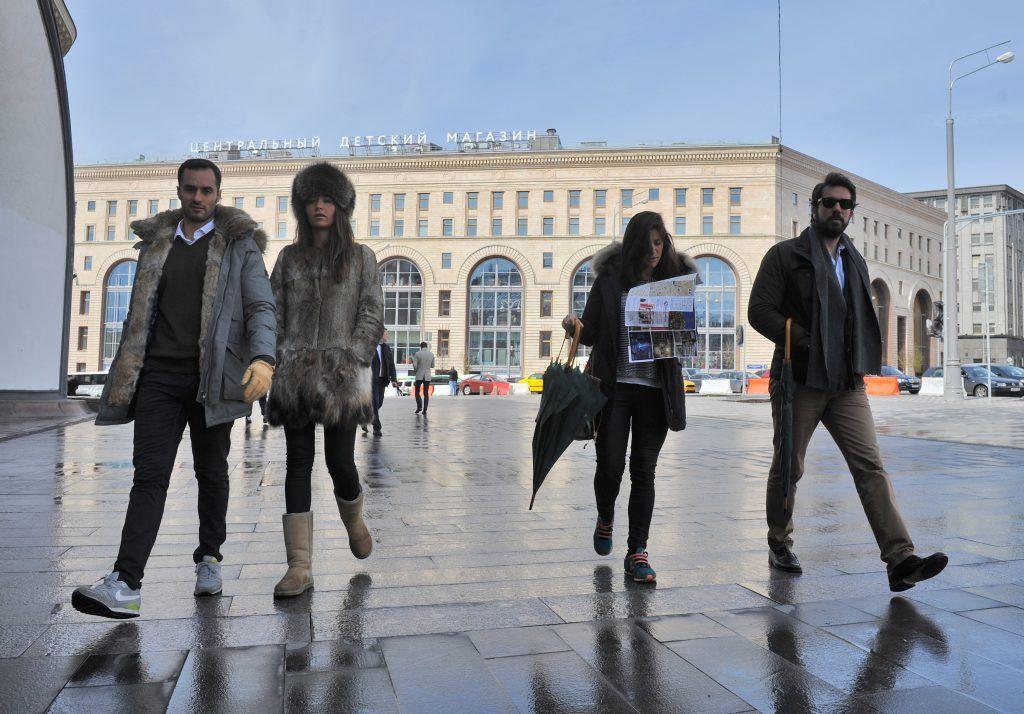 Почти вся плитка на улицах Москвы пережила зиму