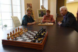 Помимо прочего, здесь оборудуют помещение для шахматных игр. Фото: Владимир Новиков