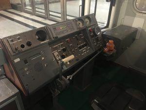 Так выглядит кабина машиниста в современных поездах. Фото: Юлия Панова