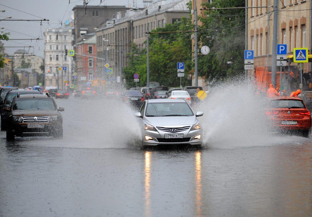 Московских водителей предупредили о «волне ДТП» в четверг