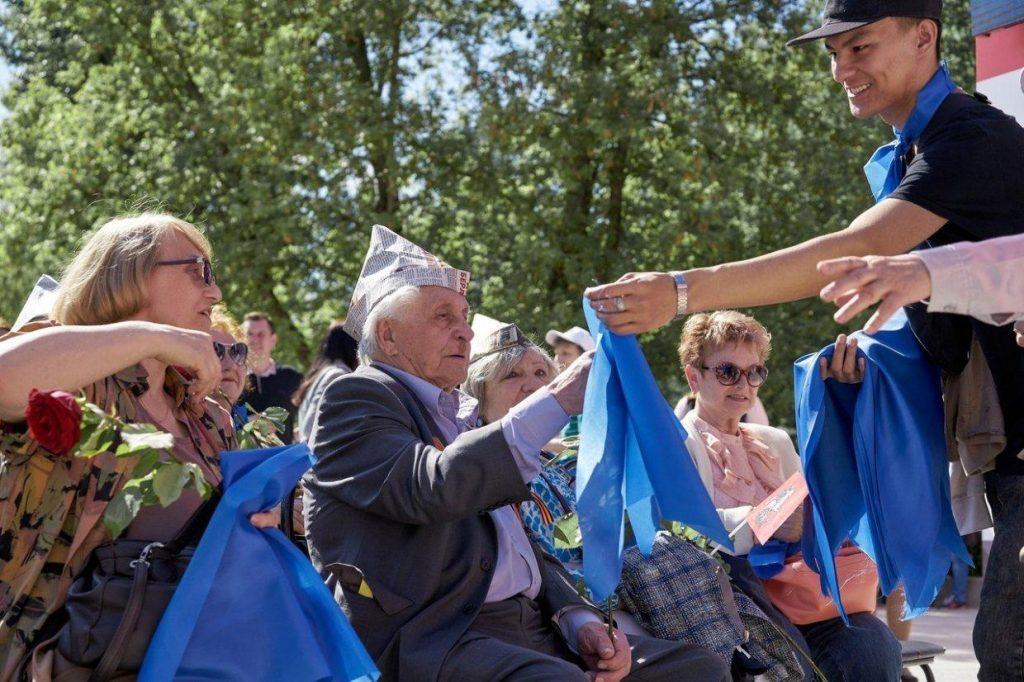 Депутат Мещанского района организует акцию «Синий платочек»