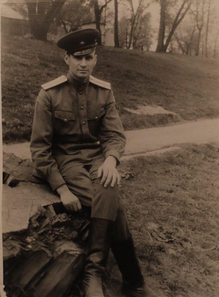 Лето 1943 года. Владимир Сафир на Западном фронте, район Всходы. Фото из личного архива Владимира Сафира