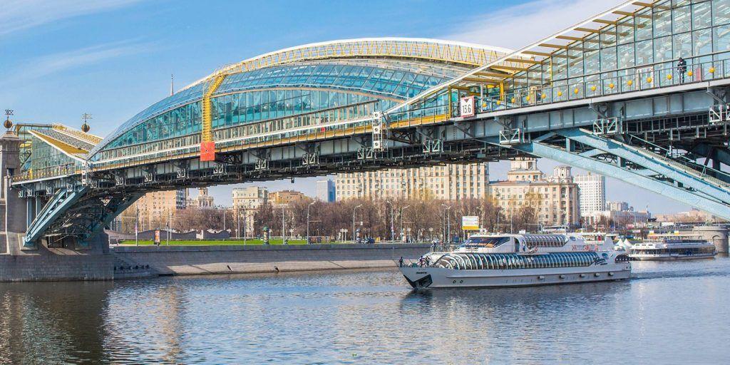 Лифты установят на мосту Богдана Хмельницкого. Фото: сайт мэра Москвы