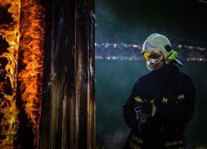 Огонь быстро распространился. Фото: Пелагия Замятина