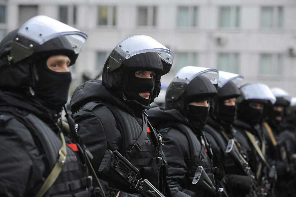 Московские мошенники обналичили 37 миллионов рублей и попали в полицию
